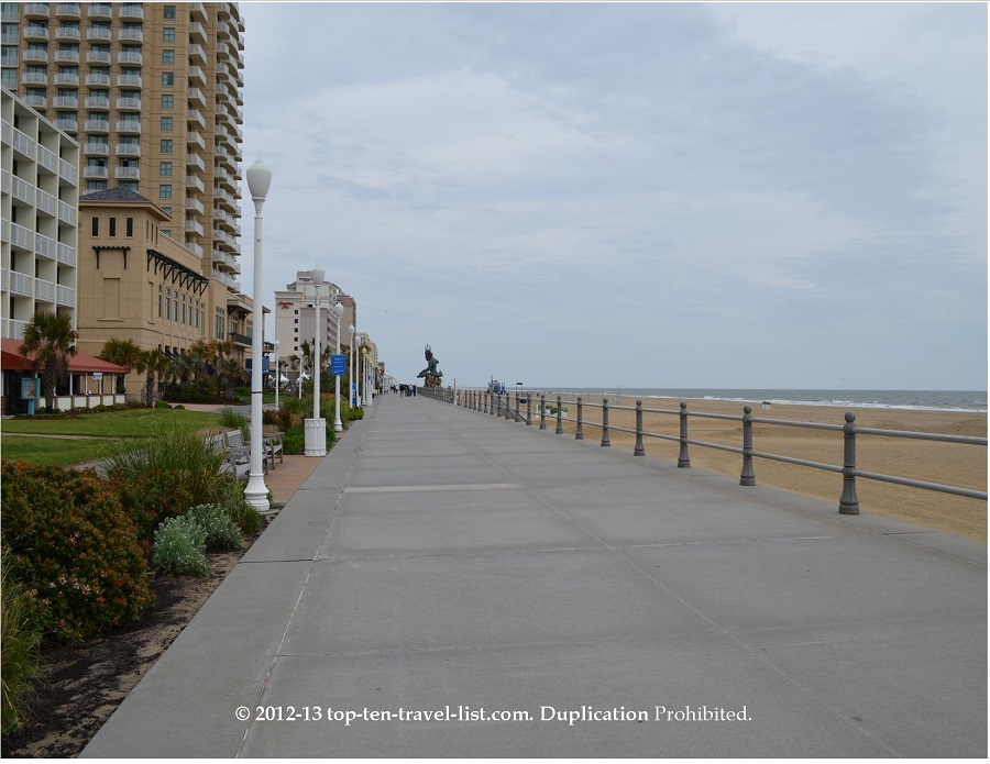 Hotels along Virginia Beach boardwalk