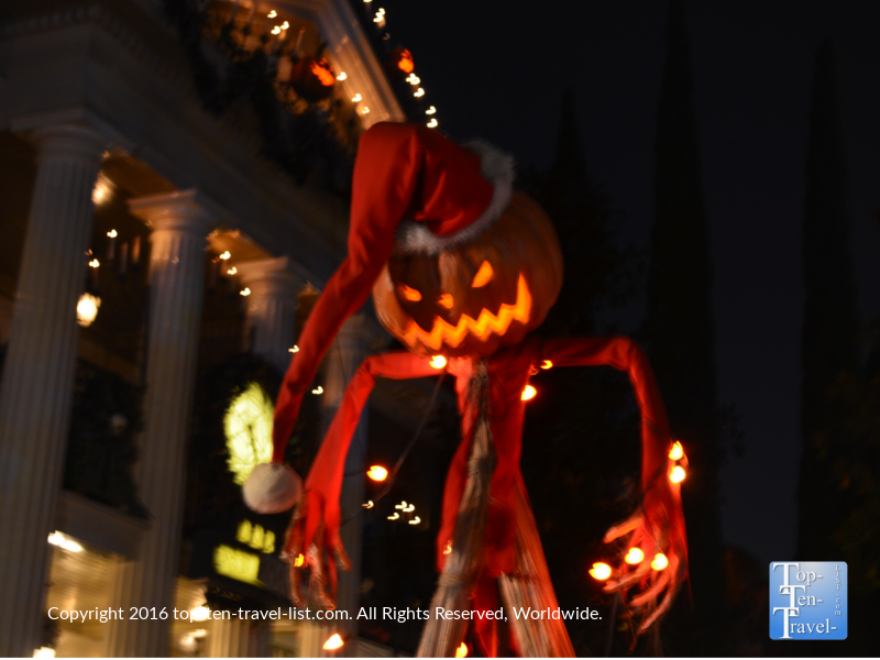 halloween-decor-in-front-of-the-haunted-masnion-at-disneyland