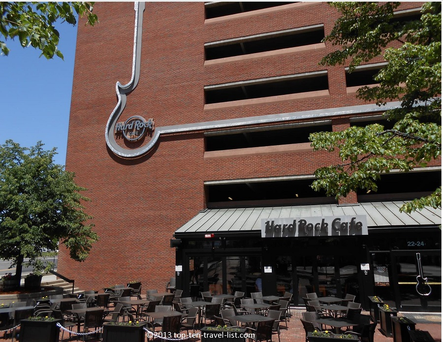Hard Rock Cafe Boston - Faneuil Hall