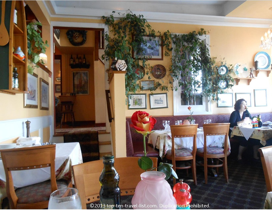 Dining room at Mamma Luisa Ristorante in Newport, RI