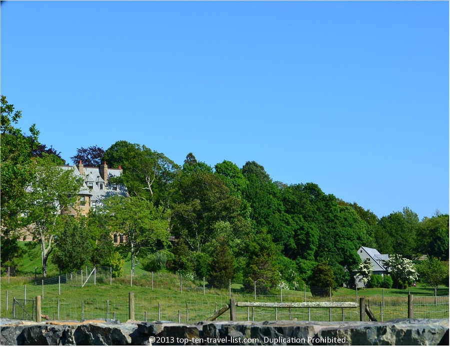 Mansions along 10 Mile Drive in Newport, RI