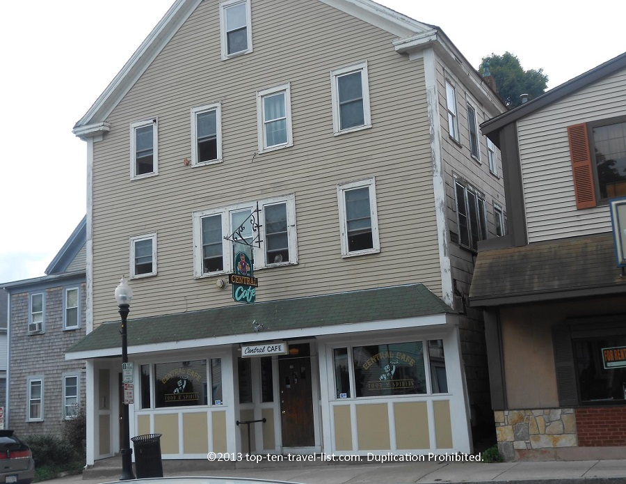 Central Cafe outside Middleboro, MA