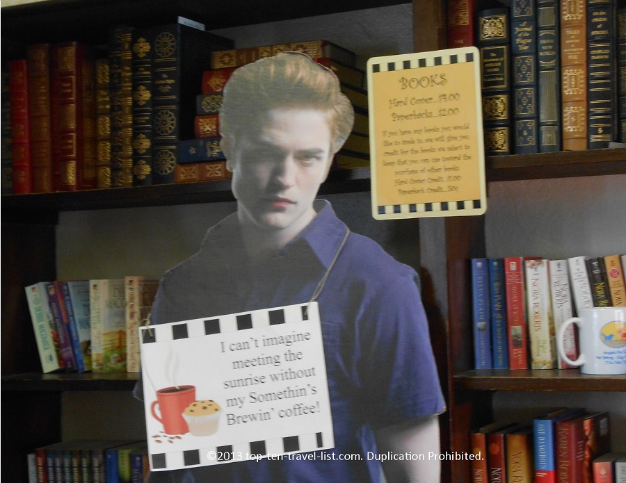 Edward Cullen - Somethin's Brewin' Book Cafe - Lakeville, MA
