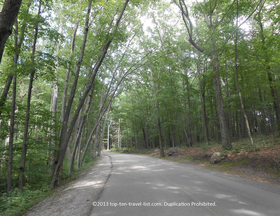 Walking loop at Lincoln Woods State Park in Lincoln, Rhode Island