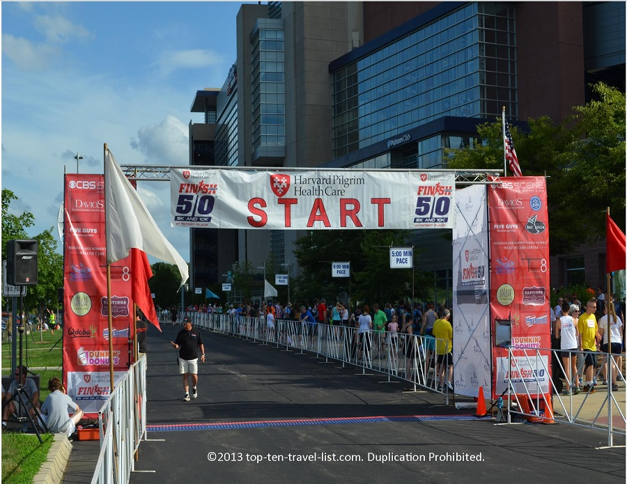 Start line at Finish to the 50 5k in Foxboro, MA