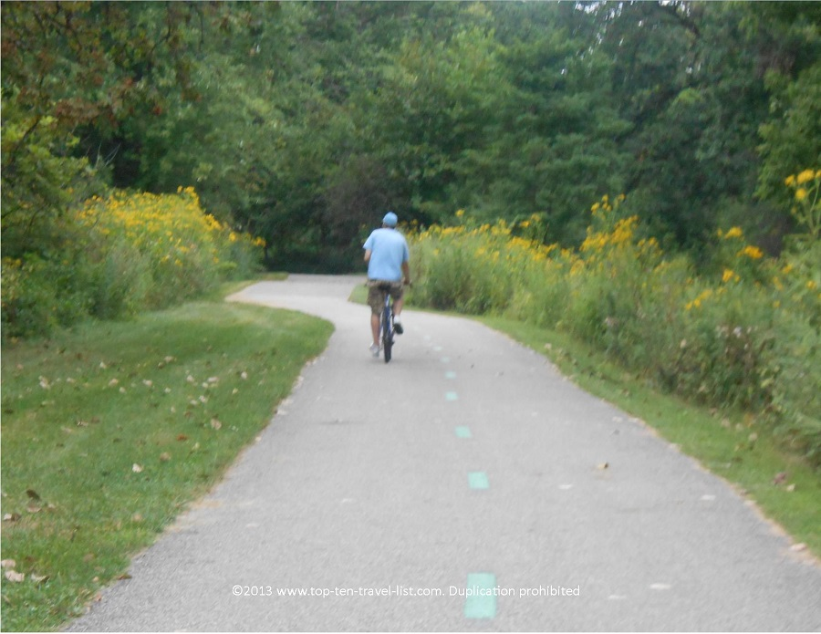 Biking along the Ohio & Erie Canal Towpath