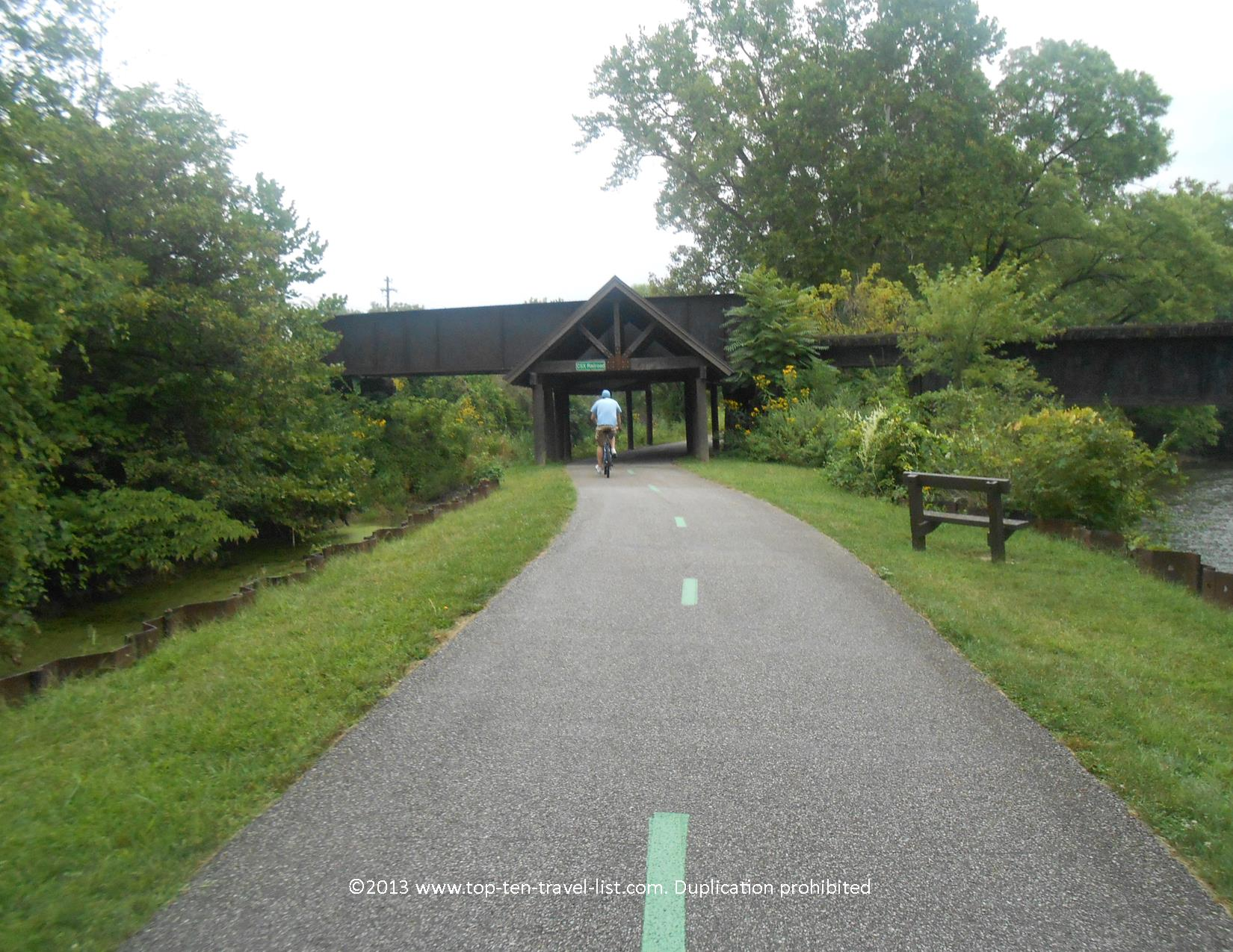 Beautiful views along the Ohio & Erie Canal Towpath Trail near Cleveland, Ohio