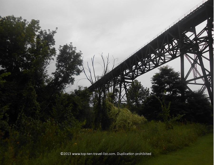 Train tracks - Ohio Erie Canal Towpath