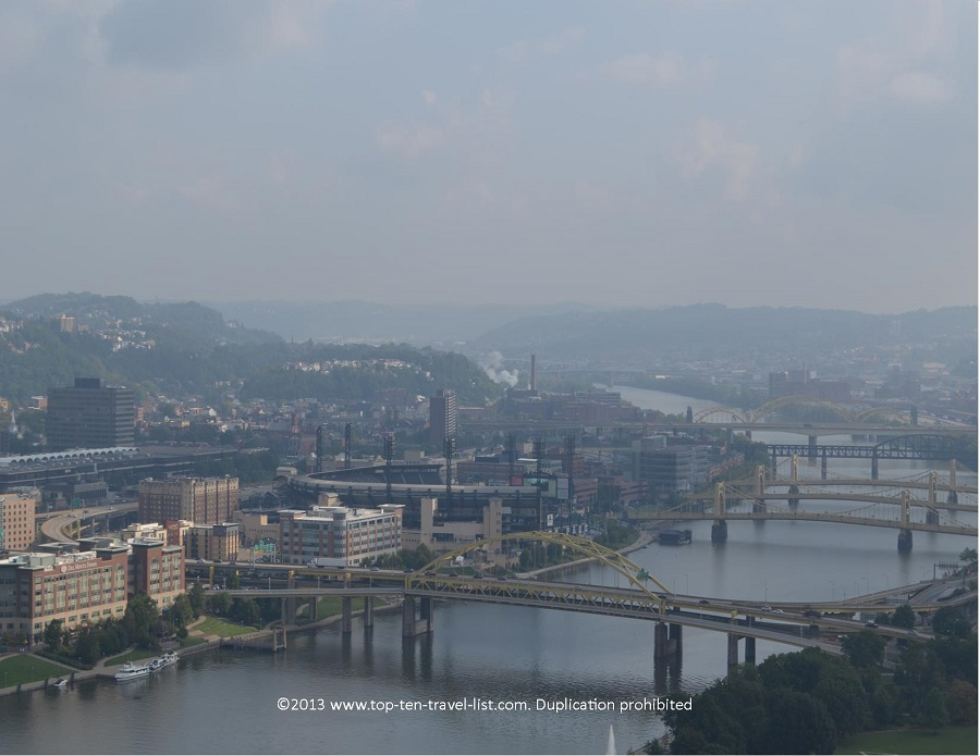 A view of Pittsburgh from the Duquesne Incline