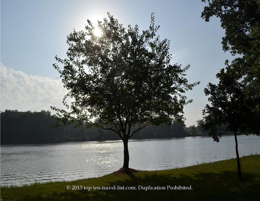 Lowell Park river views in Dixon, IL