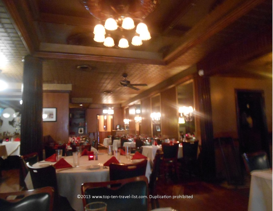 Dining room of The Rosebud on Taylor in Chicago