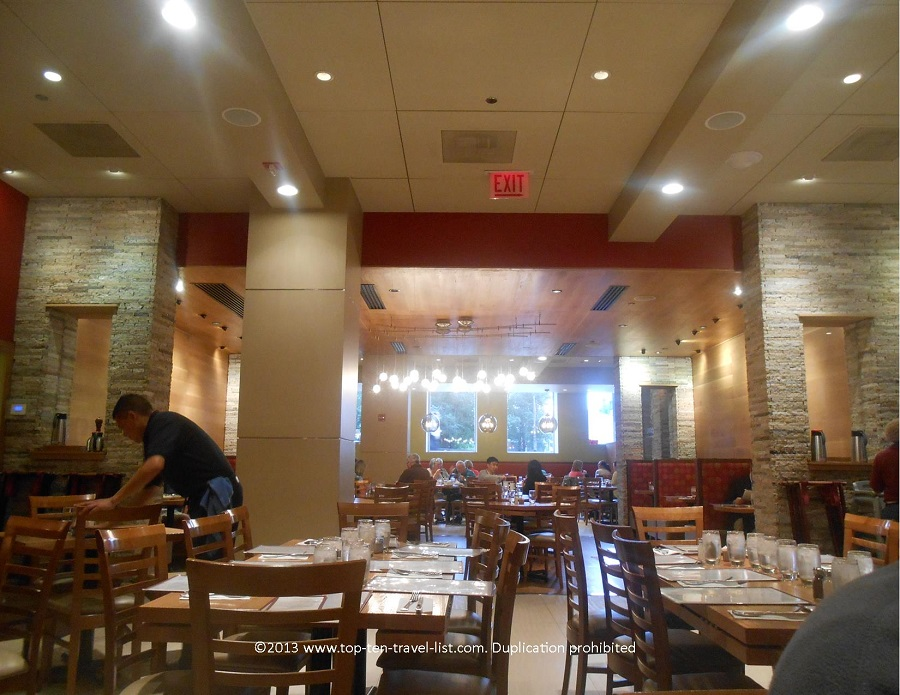 Dining room of Wildberry Cafe in Chicago
