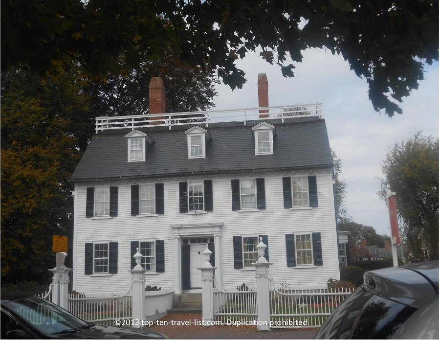 Hocus Pocus filming location in Salem, MA - used as Allison's house