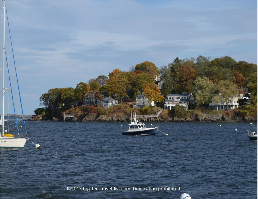 Beautiful fall colors on the Salem harbor