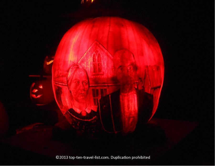 """""""American Gothic"""" Jack O' Lantern"""