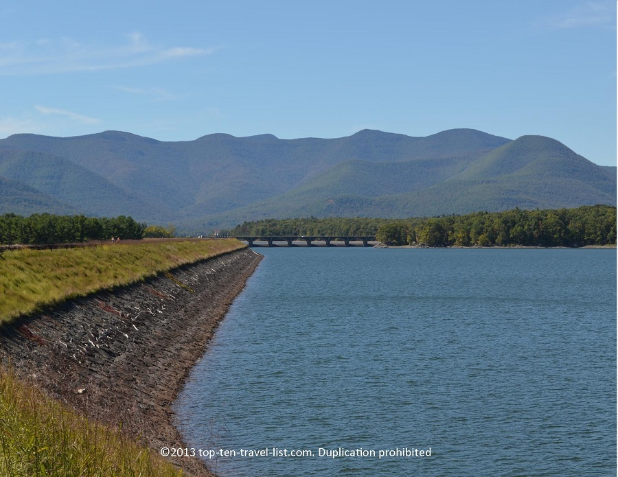 Ashokan Reservoir water and mountain views