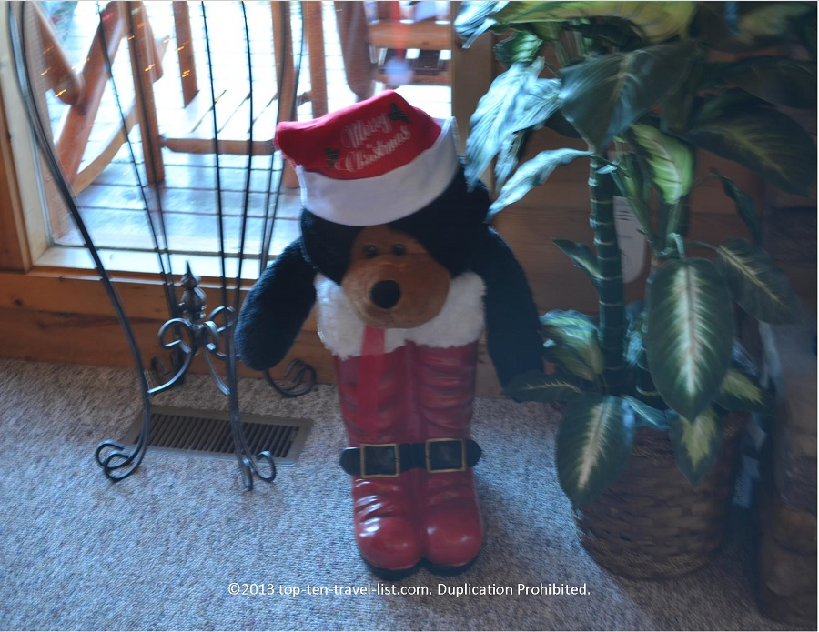 Holiday decor at Life's a Bear cabin rental in Gatlinburg TN