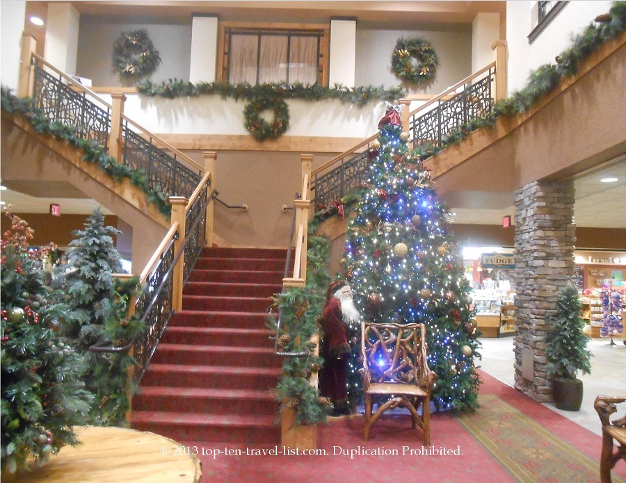 Christmas decorated lobby at Wilderness at the Smokies in Seiverville TN