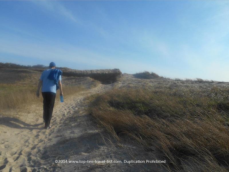 A sandy uphill climb on Cape Cod's Great Island Trail