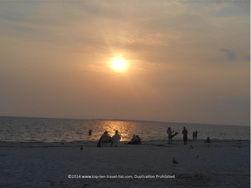 Sun starting to set at Fred Howard Park beach - Tarpon Springs, Florida