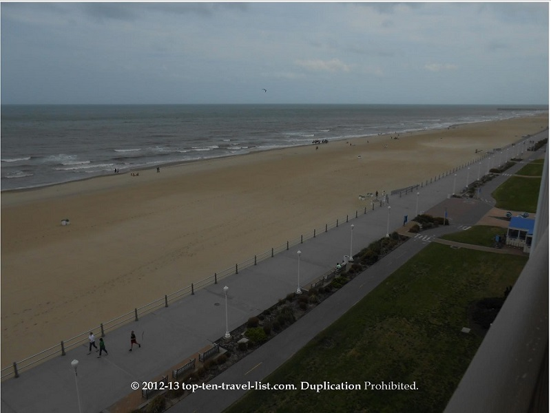 A view of the Virginia Beach boardwalk