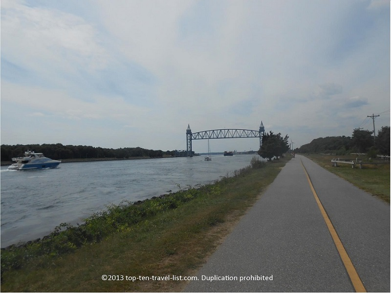 Scenic views along the Cape Cod Canal Path