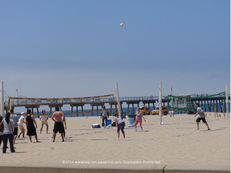 Volleyball players on Hermosa Beach - along the Strand bike path
