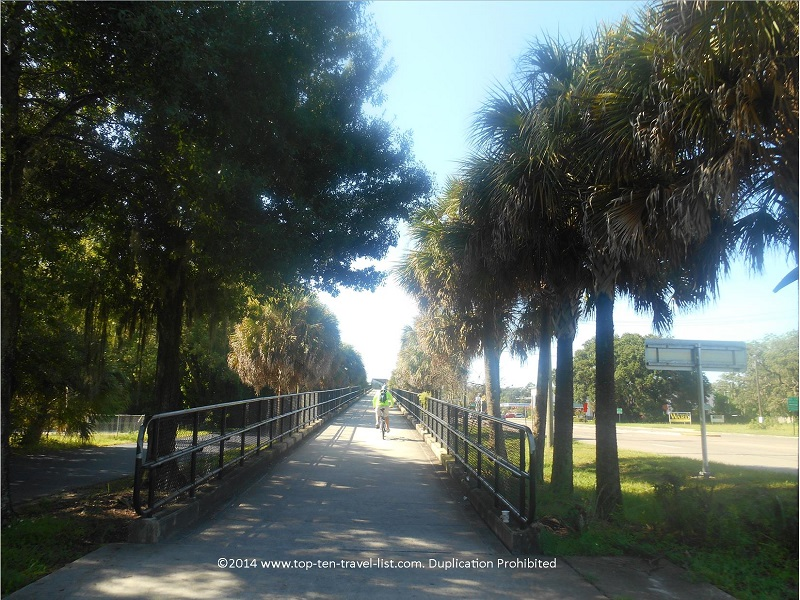Highway ramp on the Upper TAmpa Bay Trail in Tampa, Florida