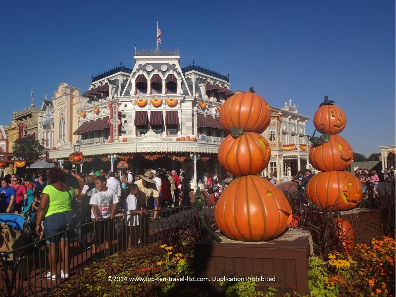 Great Halloween decor at the Magic Kingdom