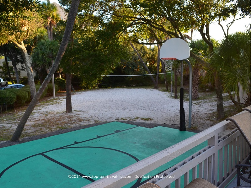 Basket and volleyball courts at Omni Hilton Head Oceafront Resort in Hilton Head Island, South Carolina