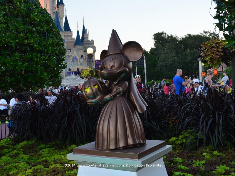 Minnie Halloween statue at the Magic Kingdom