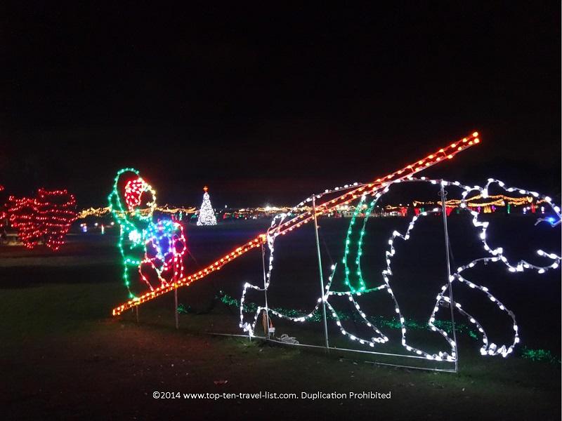 Cute bear display at Largo Central Parks Holiday Lights
