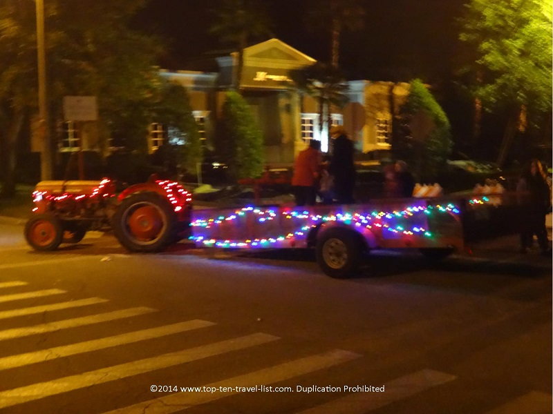 A Christmas decorated hayride is also available