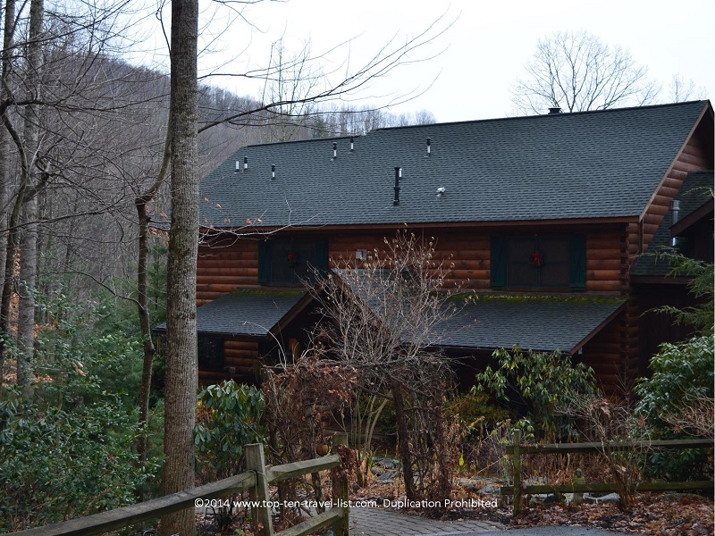 Lazy Bear Lodge in Valle Crucis is a great secluded Bed & Breakfast, not too far from the Blue Ridge Parkway