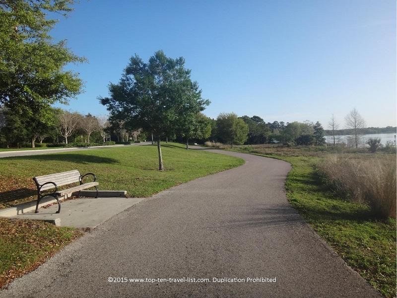 Views along the Lake Baldwin Trail in Orlando, Florida