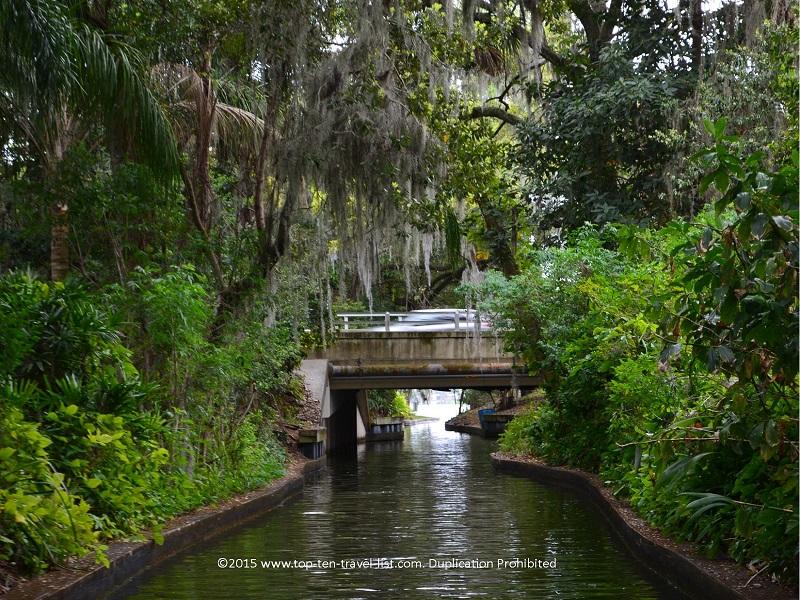 Scenic Boat tour in Winter Park, Florida