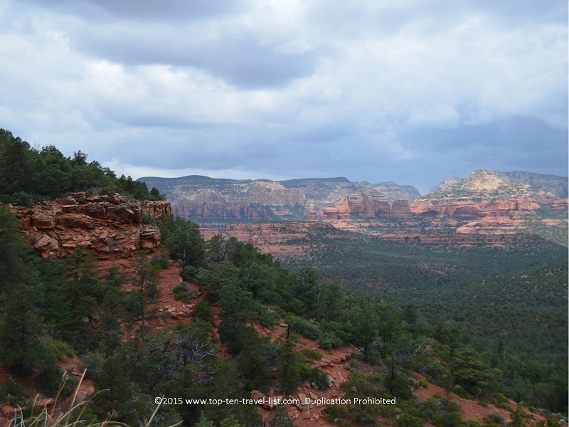 Devil's Bridge is one of the most scenic hiking options in Sedona. Absolutely breathtaking!