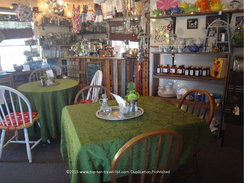 The cozy interior of Copper Kettle Tea Bar in Foley, Alabama