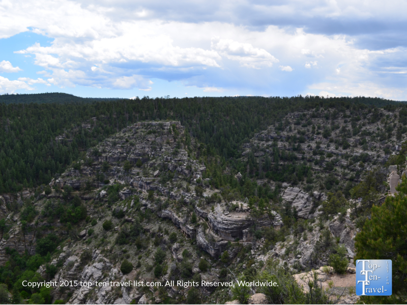 Fantastic views at Walnut Canyon National Monument - The Island Trail Staircase