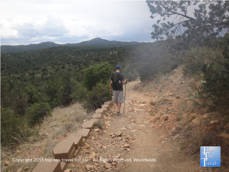 A hiker on the downward portion of the Thumb Butte Trail #33 in Prescott, Arizona