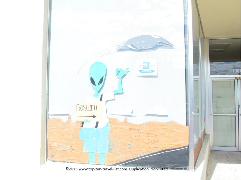 Roswell New Mexico alien sign