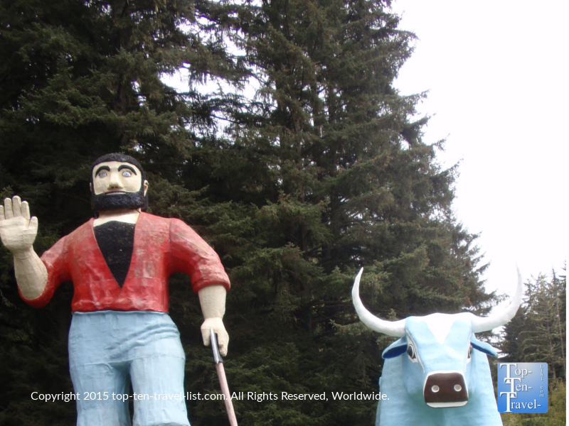 Paul Bunyan & Babe the Blue Ox at Trees of Mystery in Klamath, California