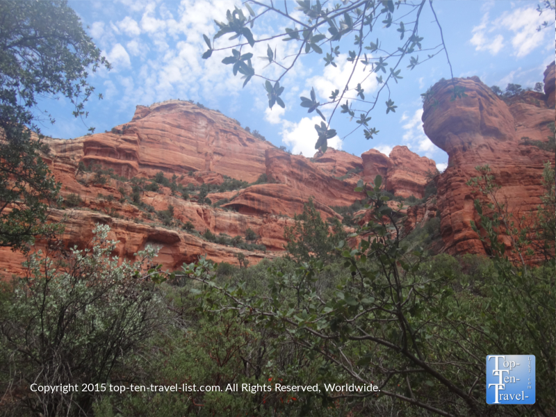 Beautiful red rocks and trees on the scenic Fay Canyon hiking trail in Sedona, Arizona