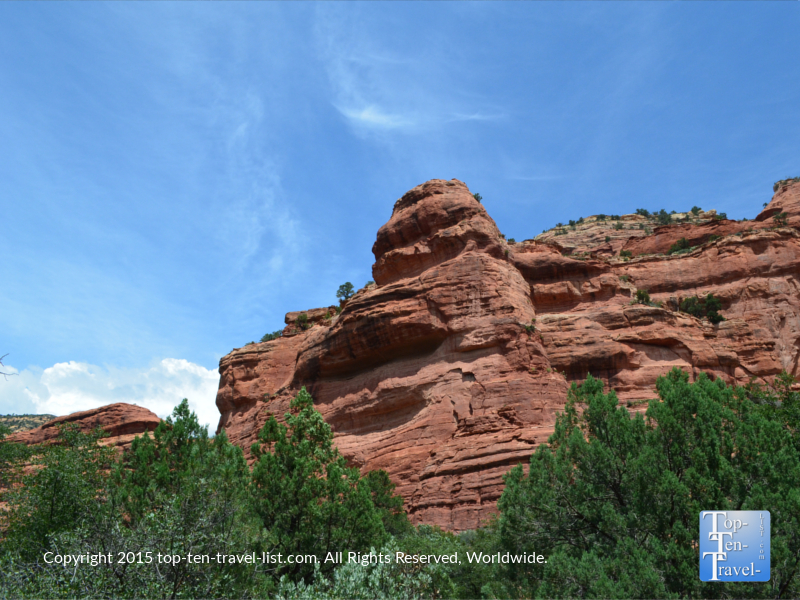 Amazing red rock formations along the Fay Canyon hiking trail in Sedona, Arizona