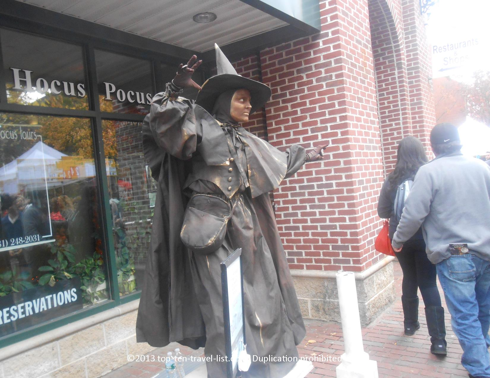 Hocus Pocus tours offers year-round 90 minute tours of hotspots throughout town including Hocus Pocus filming locations, the Witch Trials memorial, and more!