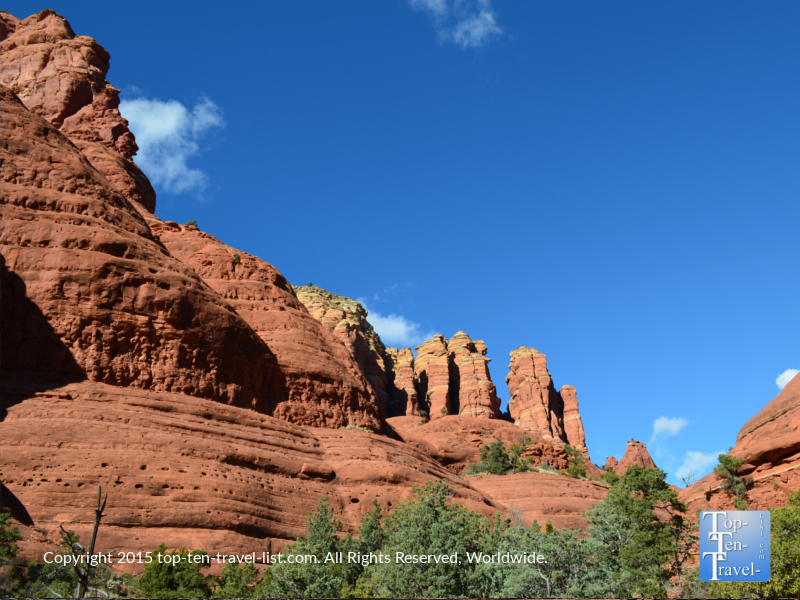 Pretty red rock view along the Little Horse Trail in Sedona, Arizona