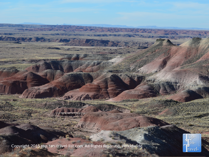 An overlook of the beautiful Painted Desert at the Petrified National Forest