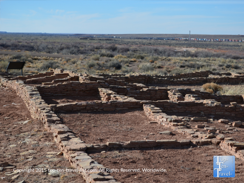 A 600 year old pueblo - Puerco Pueblo at the Petrified National Forest