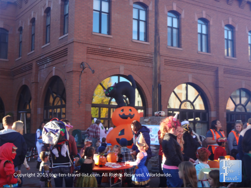 The overly crowded Halloween Harvest event in Flagstaff, Arizona