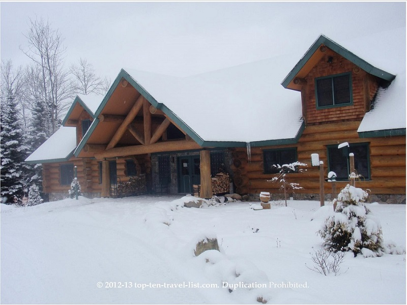 Quaint Bear Mountain Lodge in the snowy White Mountains of New Hampshire